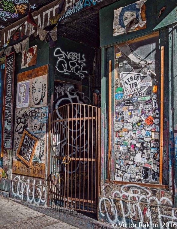 doors-of-montreal-2