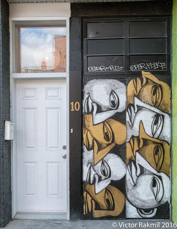doors-of-montreal-4