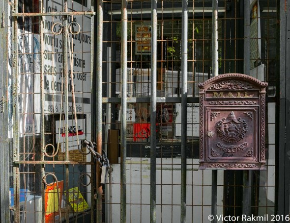 montreeal-store-fronts-2